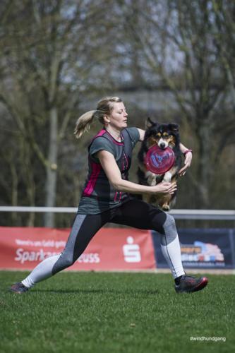 Frisbee Dog 36